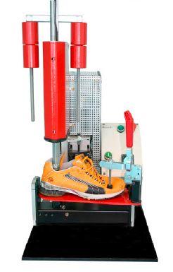 استفاده از استاندارد، آزمایشگاه و کامپیوتر در طراحی و ساخت کفش ورزشی
